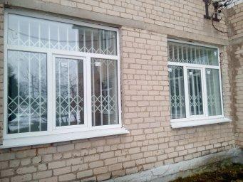 Раздвижные решетки на окнах